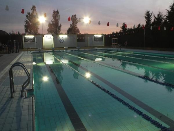 Els nedadors del Club Natació Tàrrega ja neden a la piscina de Verdú