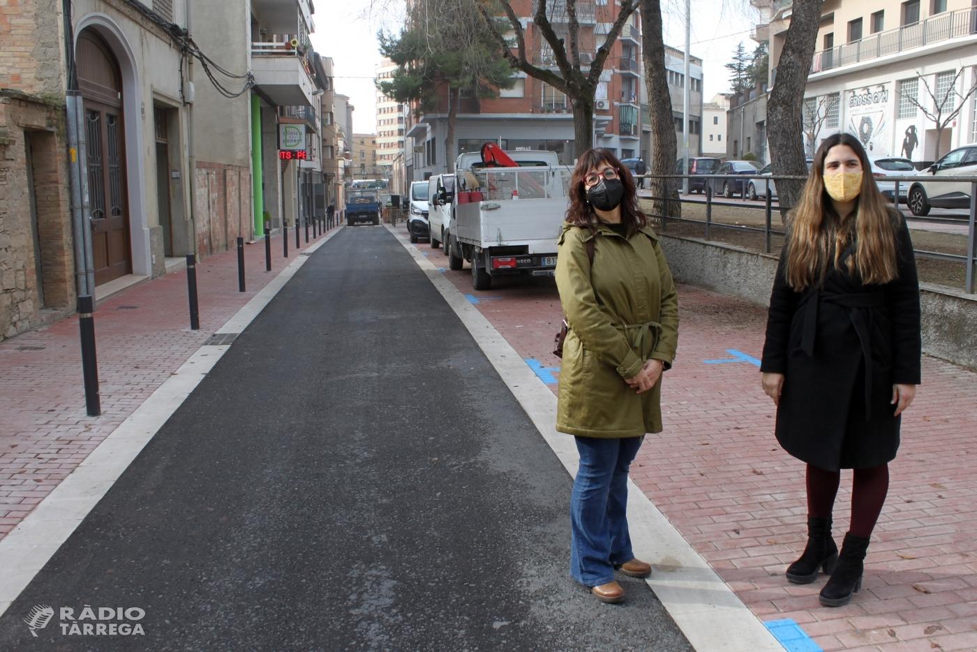 Tàrrega finalitza les obres de renovació del carrer de Jacint Verdaguer, que es reobre al trànsit demà dimarts 22 de desembre