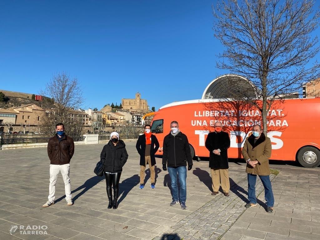 El bus de la igualtat de Ciutadans (Cs) recorre la província de Lleida