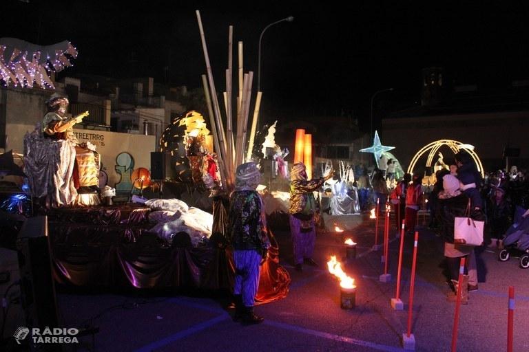 Èxit de la Cavalcada de Reis estàtica a Tàrrega, que manté la il·lusió de la nit més màgica de l'any