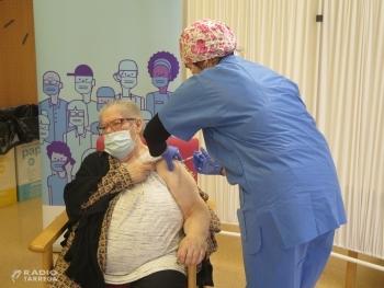 Comença a administrar-se la segona dosi de la vacuna contra la covid-19 a la Regió Sanitària Lleida