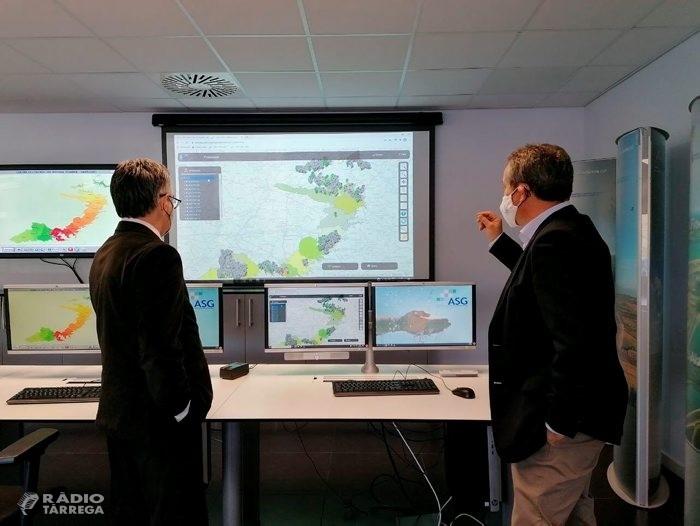 El conseller d'Empresa i Coneixement, Ramon Tremosa, visita les instal·lacions d'Aigües del Segarra Garrigues de Tàrrega