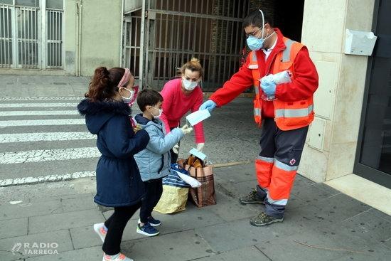 Puja un 30% el nombre de noves persones ateses per la Creu Roja a la demarcació de Lleida per l'impacte de la covid-19