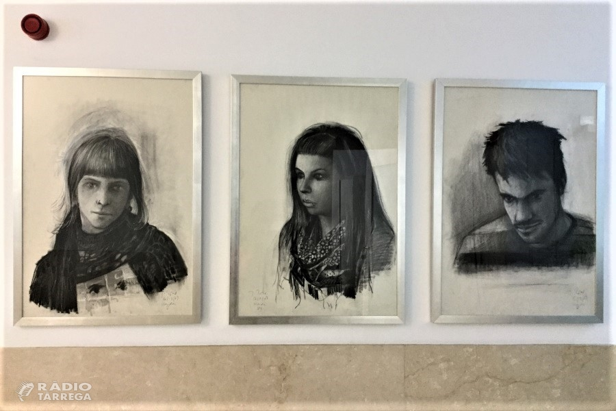 La Facultat d'Educació Psicologia i Treball Social presenta el seu fons d'art