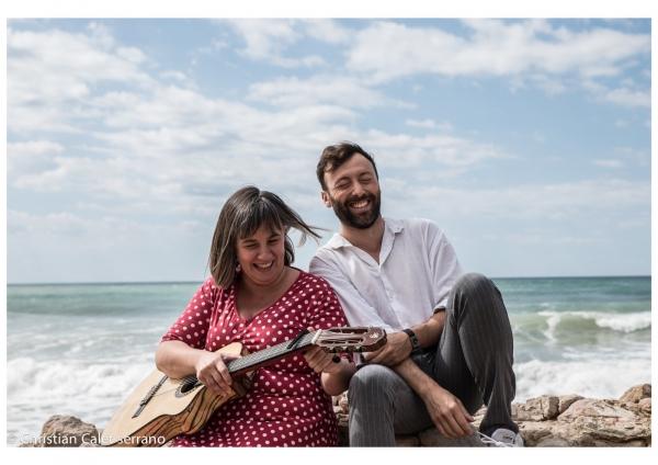 Carla Barroso i Dafnis Balduz presenten per Sant Jordi el seu espectacle Amics a Bellpuig