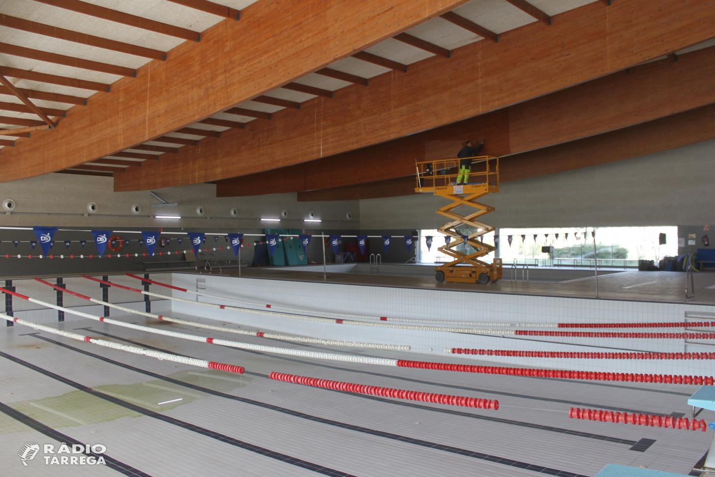 L'Ajuntament de Tàrrega estudia remunicipalitzar el servei de la piscina coberta com a mínim dos o tres anys
