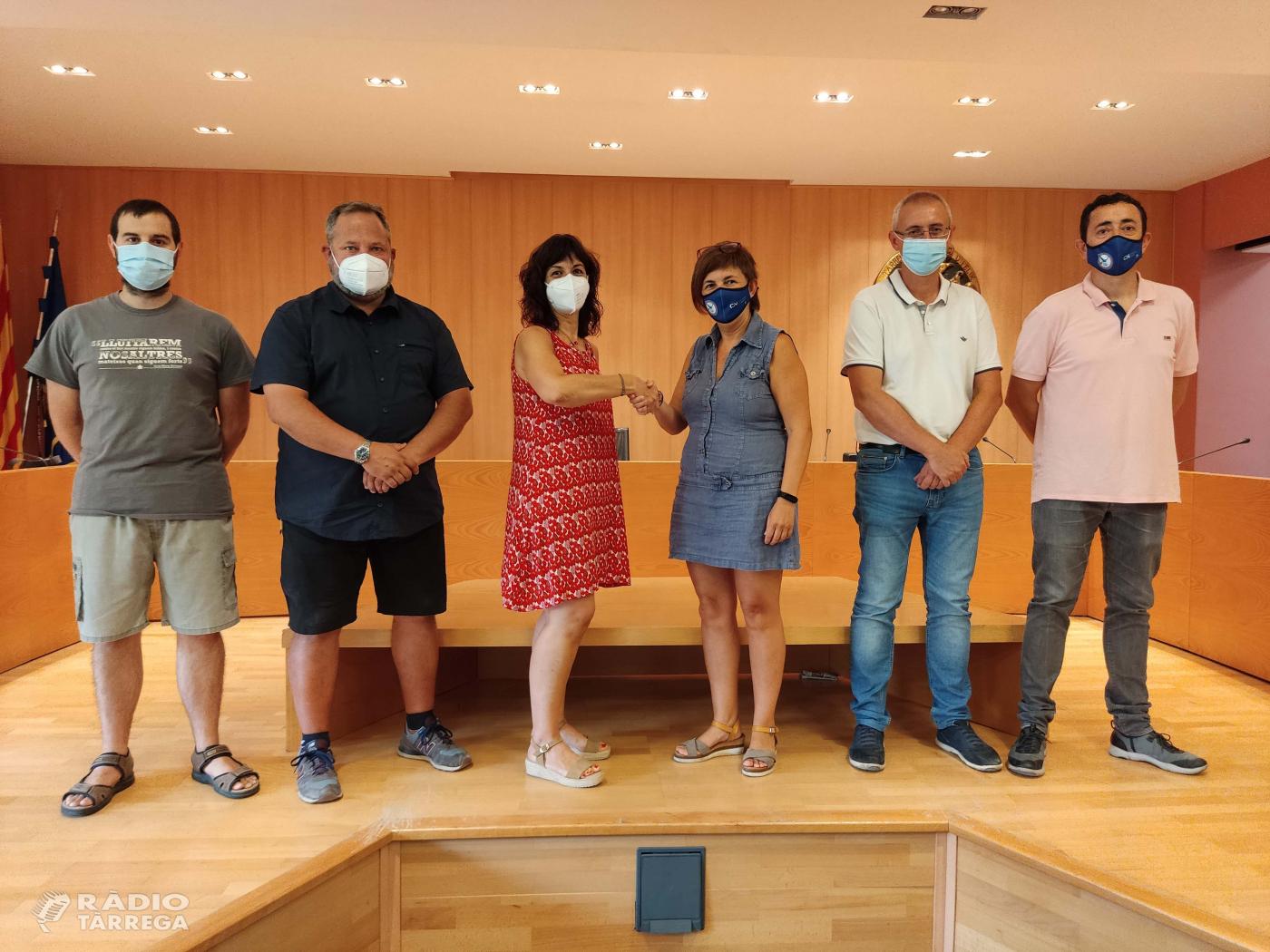 L'Ajuntament de Tàrrega i el Club Natació Tàrrega signen un contracte per fer ús del seu pavelló per a activitats esportives, firals i culturals