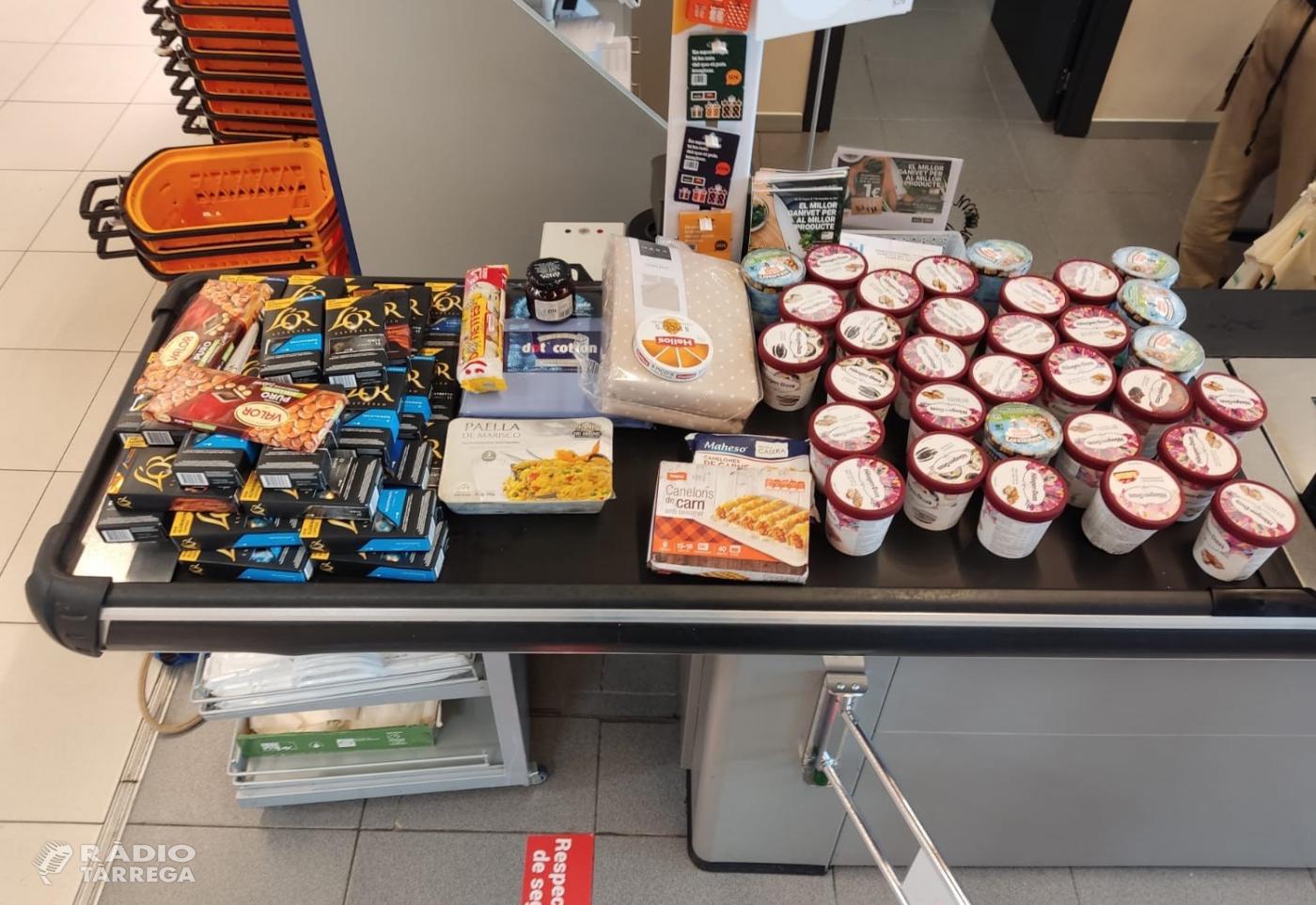 La Policia Local de Tàrrega deté un home per un presumpte delicte de furt d'aliments i parament de la llar en un supermercat de Cervera