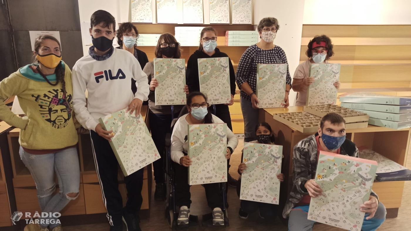 A la venda la 2a edició del Calendari d'Advent Solidari del Grup Alba que incorpora un joc de 'buscar i trobar'