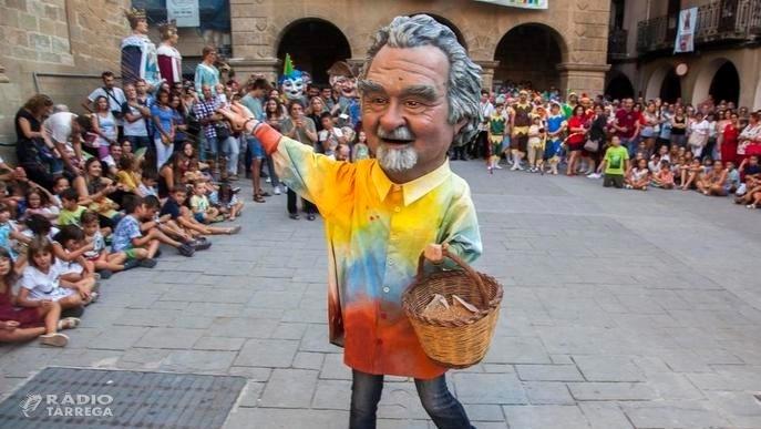 Es presenta 'Lo Guino', el capgròs dedicat a Josep Guinovart