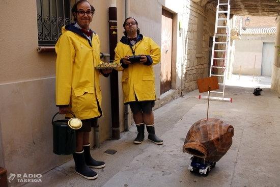 'Escargots' sorprenen amb humor i poesia entre carrerons als espectadors de FiraTàrrega