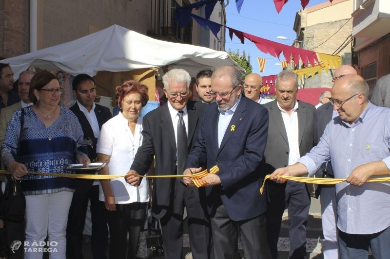 Vilagrassa celebra amb èxit la quinzena edició de la Fira de l'Ametlla