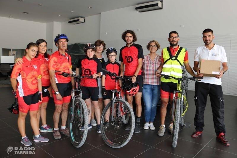 L'empresa Servisimó de Tàrrega fa una donació de 3 bicicletes pel Club Ciclista Alba