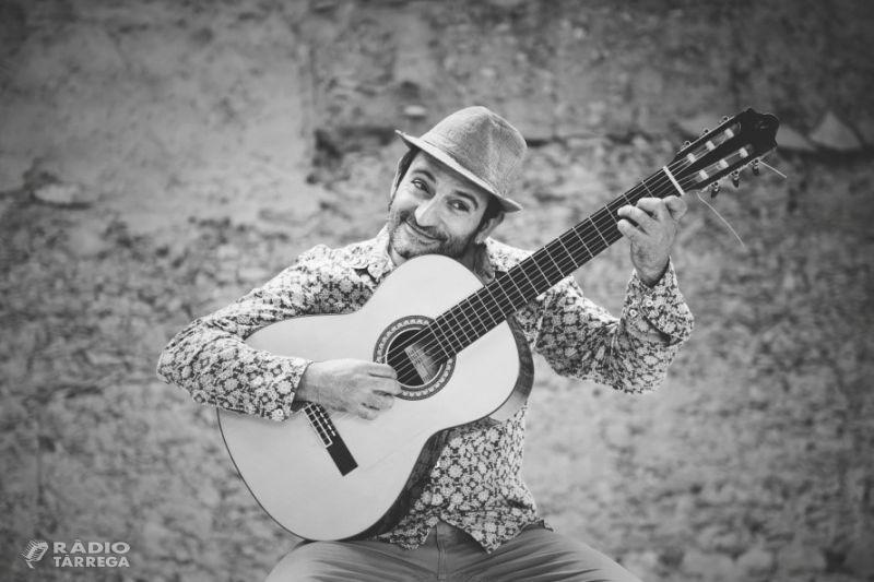 """Carlitos Miñarro estrena la versió acústica del tema """"Ets"""""""