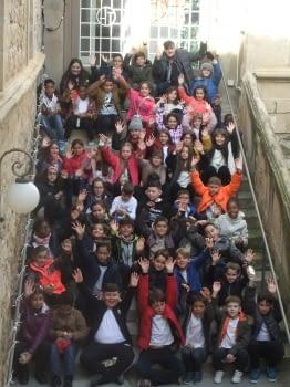 Els alumnes de 4rt de l'Escola Àngel Guimerà ens han cantat nadales!