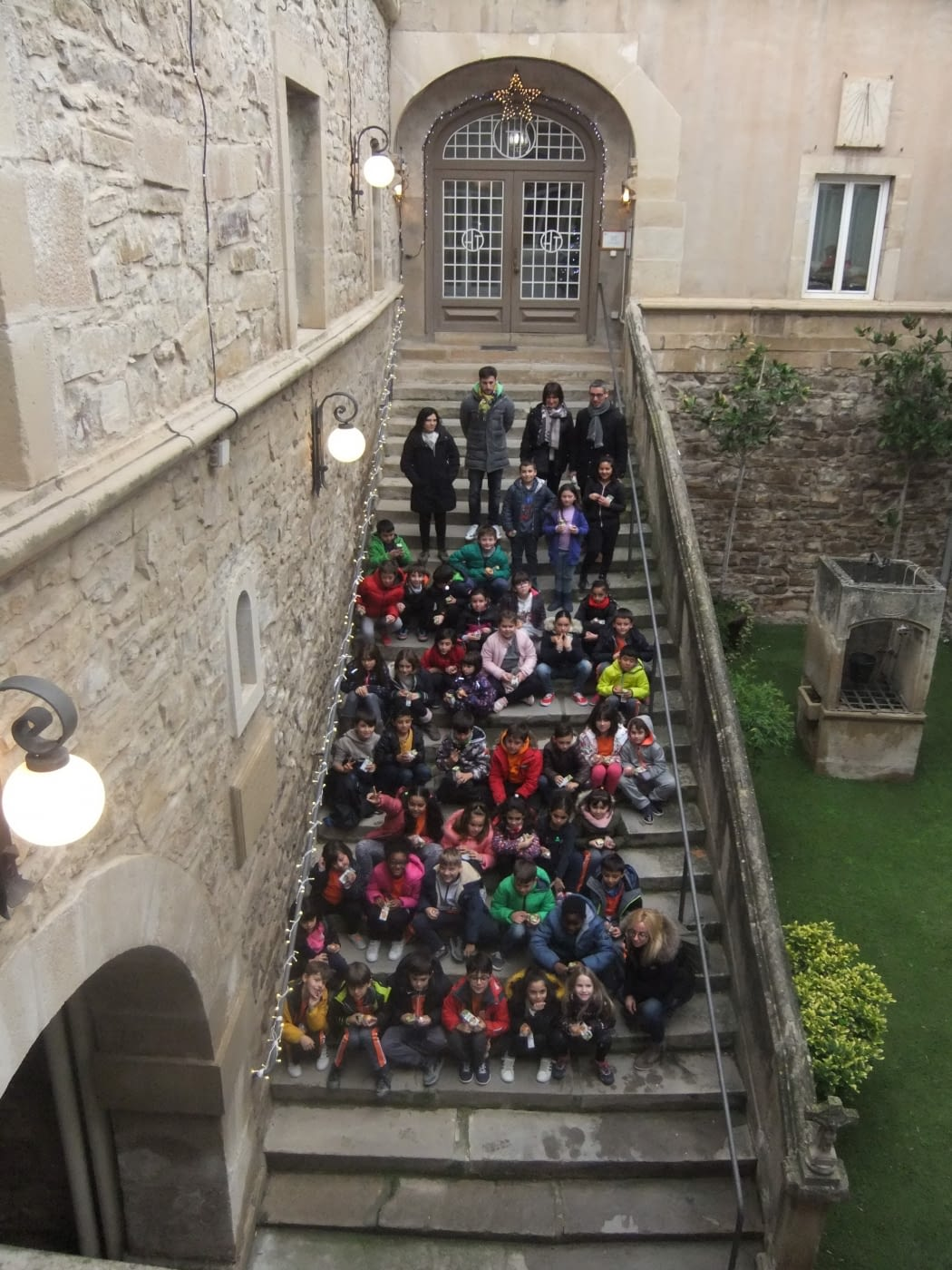 Els nens i nenes de 3er i 4rt de l'Escola Maria Mercè Marçal ens han visitat!!