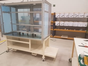We have just started to assemble a new machine for a company in the automotive sector!