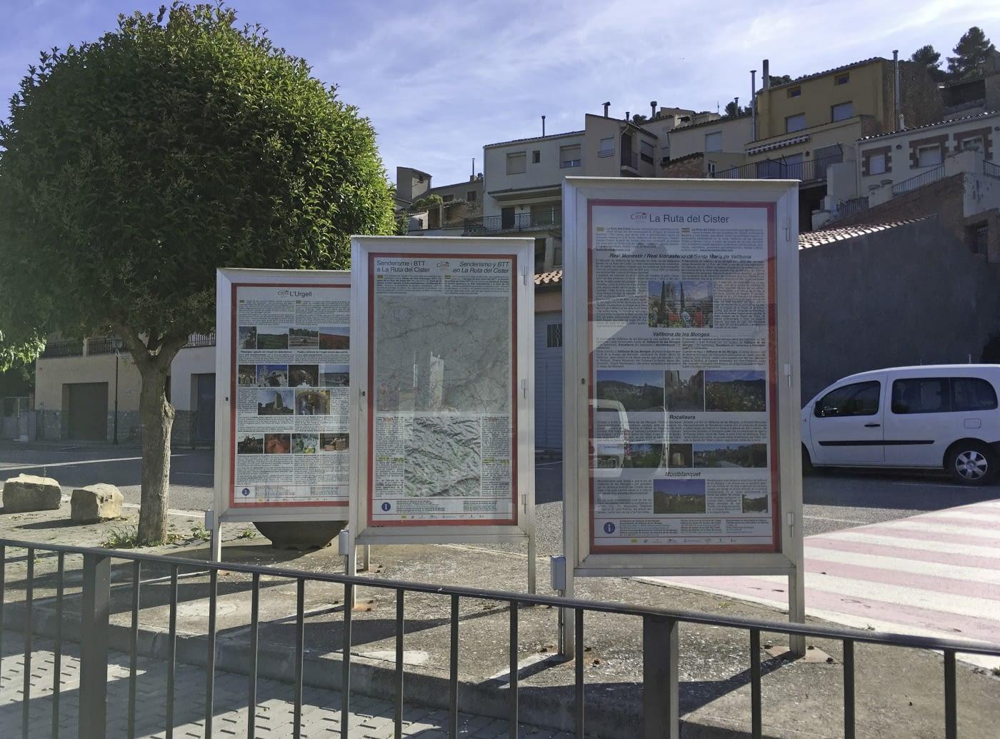 Informació renovada de les cartelleres de Vallbona de les Monges