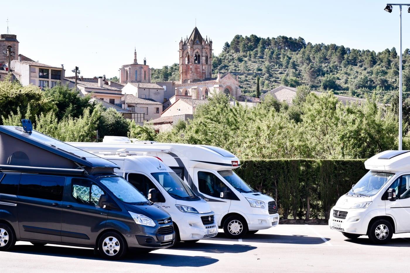 aparcaments per caravanes