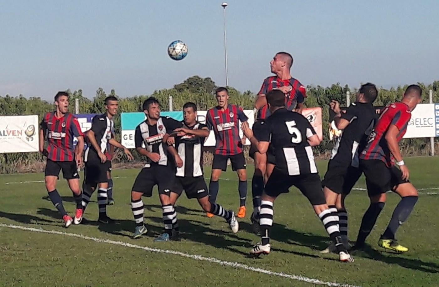 VICTÒRIA EN EL DARRER PARTIT DE PRETEMPORADA // La UE. Tàrrega guanya a Benavent de Segrià la XIV edició del memorial Ramon Farré, al vèncer a l'equip amfitrió per 0 a 2, amb gols de Sylla i Ferran
