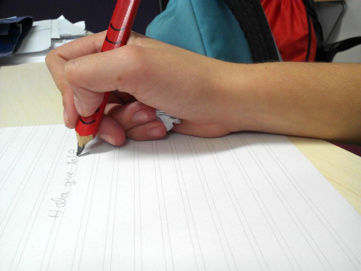 Un truco para coger bien el lápiz