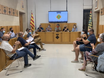 El Plenari del Consell Comarcal es reuneix de forma presencial després d'un any de sessions telemàtiques.
