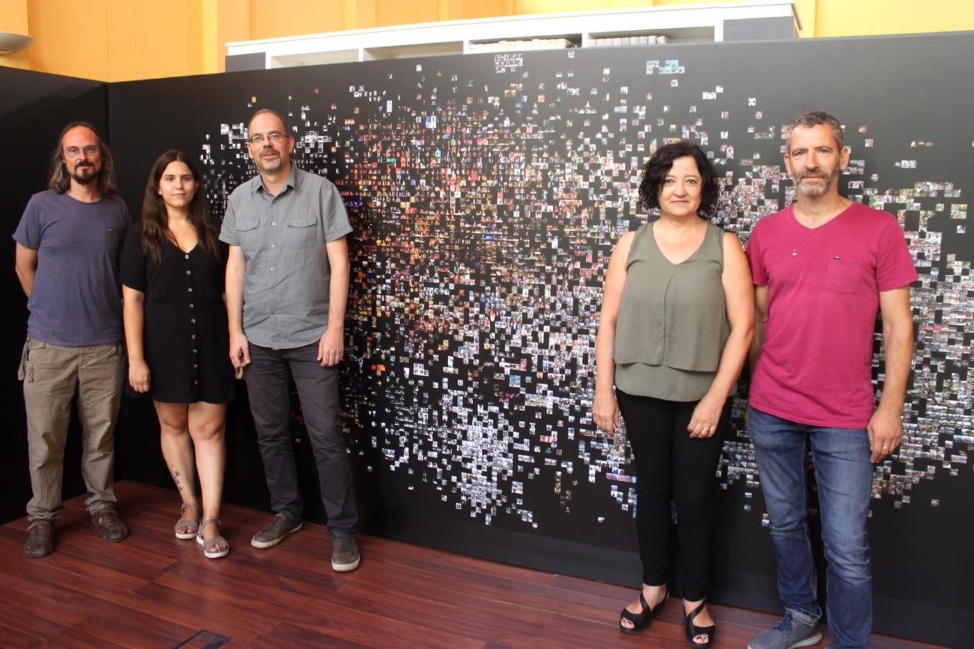 'ALGORITMES FIRALS', FOTOMOSAIC GEGANT D'IMATGES RECOPILADES SOBRE FIRATÀRREGA