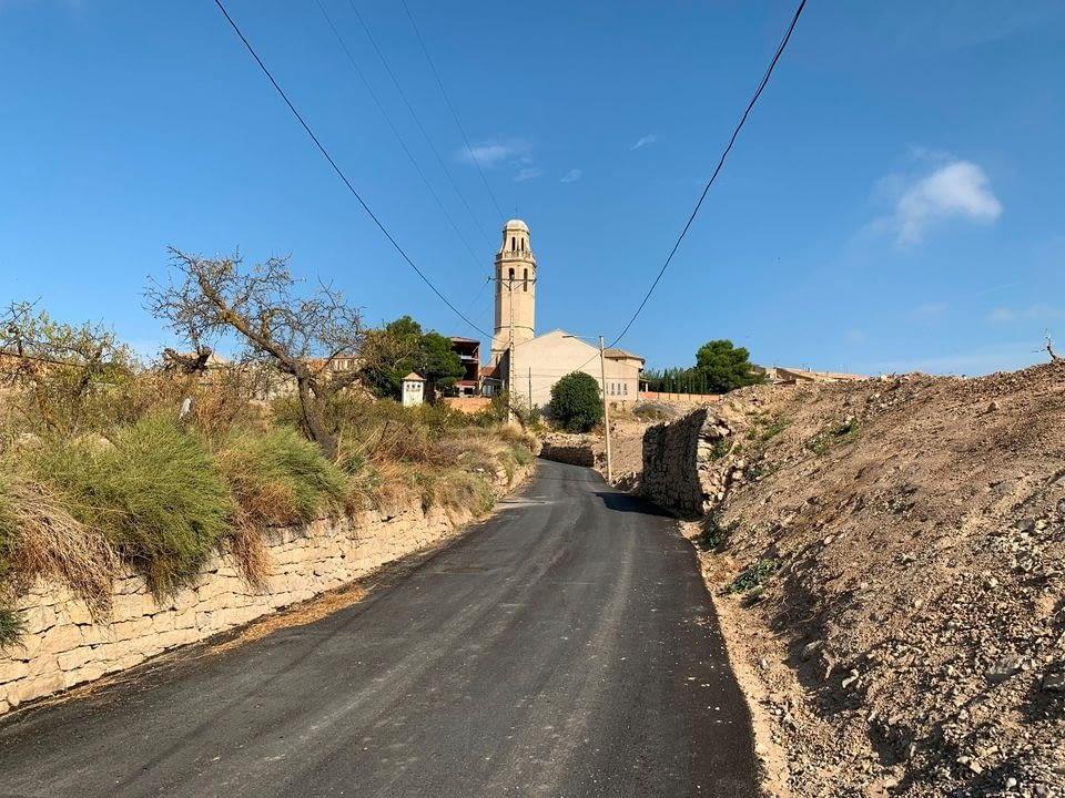 Finalitzen les obres d'urbanització del camí de la Costa de la Ribera de Sant Martí de Maldà