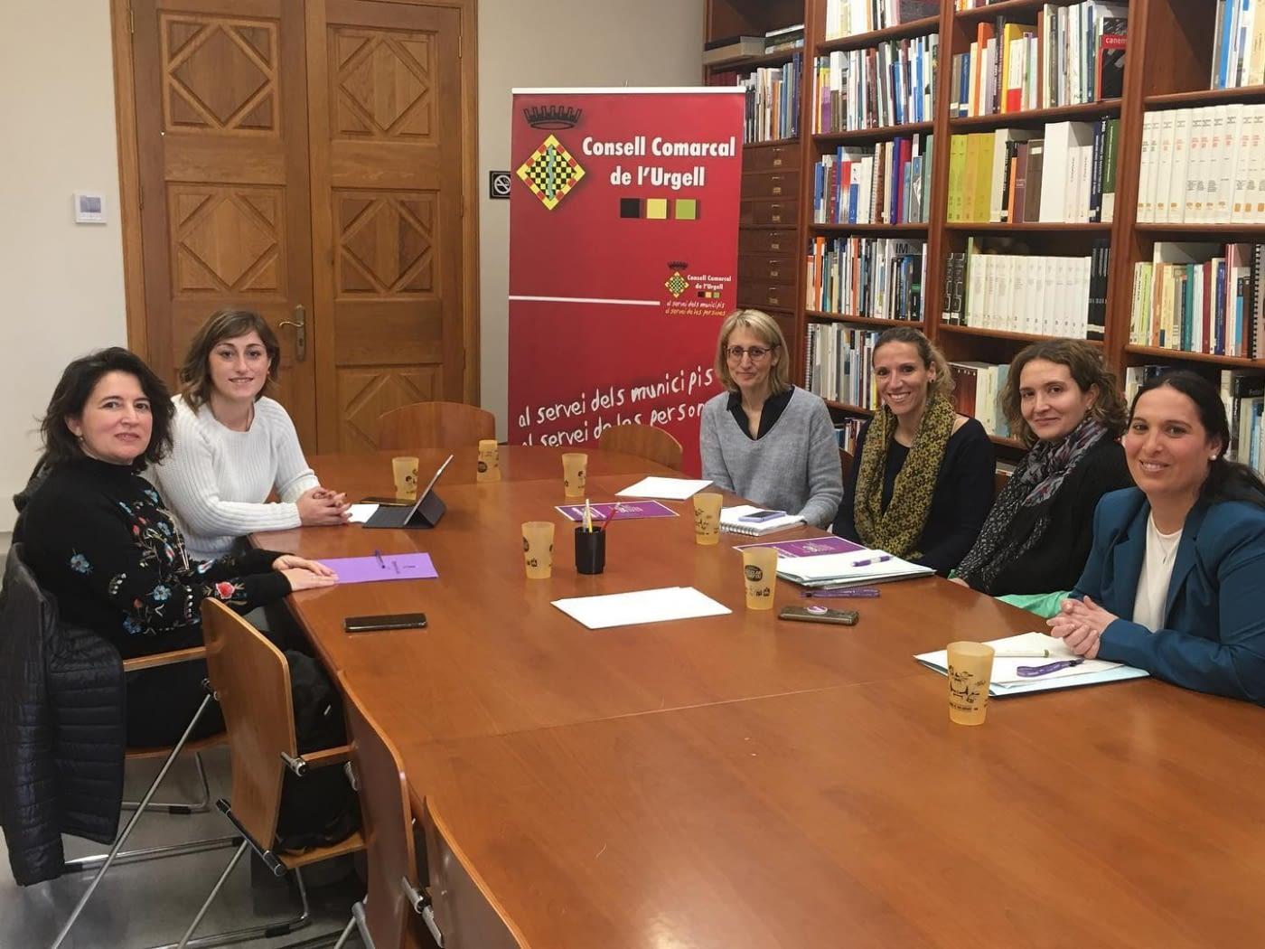 REUNIÓ AMB LA DIPUTADA PROVINCIAL DE L'ÀREA D'IGUALTAT, AL CONSELL COMARCAL