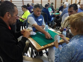 """Cervera acull el VIII campionat de botifarra """"CONTRO I RECONTRO"""" organitzat per l'Associació Alba , Ondara Sió i el Club de Botifarra d'Alguaire."""