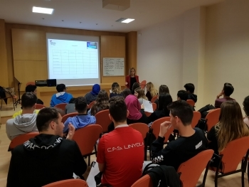 L'Associació Alba organitza tallers per a fer aflorar idees innovadores i l'emprenedoria social entre els joves de Tàrrega