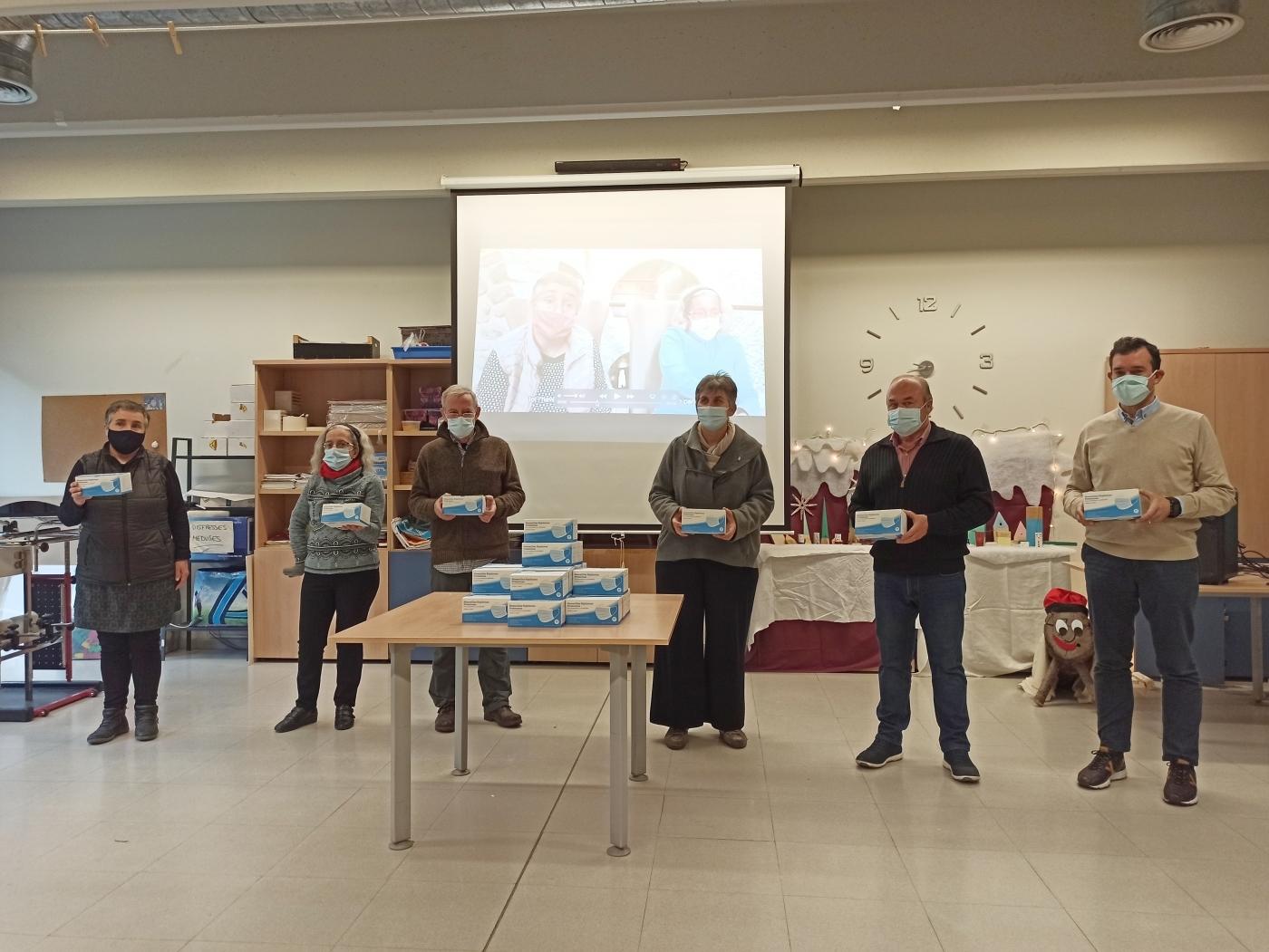 La FCAC lliura 3.800 mascaretes i una donació de 3.800€ al fons d'emergència AntiCOVID del Grup Alba