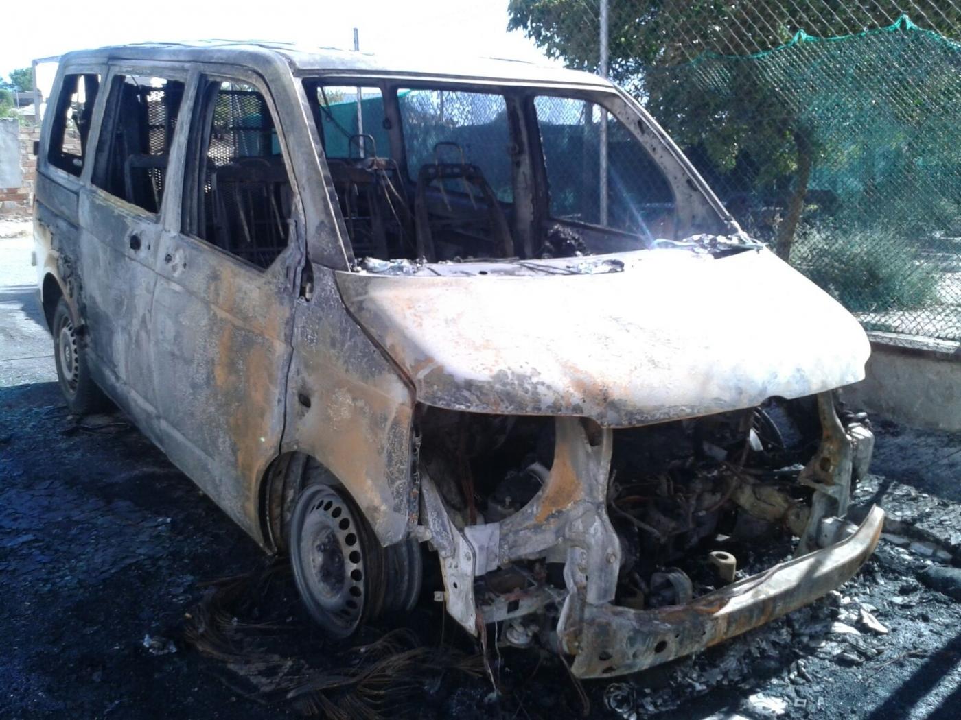 Comunicat de l'Associació Alba en relació a l'incendi de la furgoneta del seu centre Espígol a Cervera.