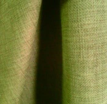 Tela 2,05 x 1,40 metros Tapicería verde = 55,67 € - 2