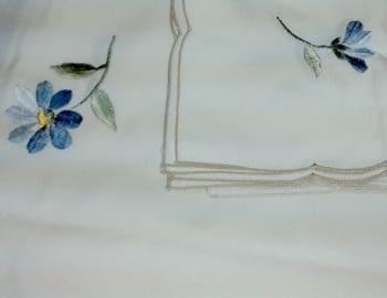Mantelería bordada 180 x 225 - 2