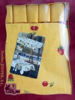 Mantelería Amarilla 150 x 150 + 6 - 4