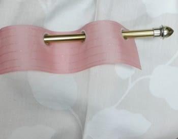 Cinta de agujeros rosa