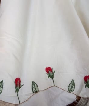 Tela rosas rojas 220