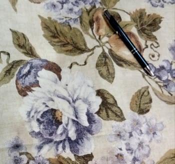 Tela cretona flores lilas - 4