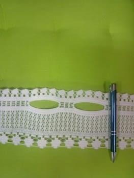 Cinta encaje pasabarras beige