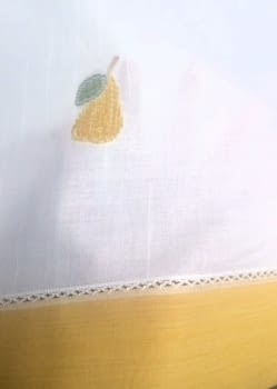 Tela bandó amarillo peras