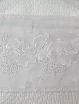 Greca bordada Blanca