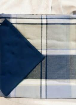 Mantelería cuadros azul 150 x 150 + 6