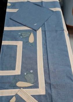 Mantel azul 135 x 135 + 6 - 3