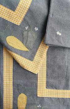 Mantel azul 135 x 135 + 6 - 4