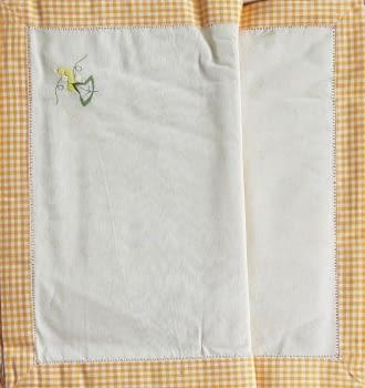 Mantelería bordada amarilla 265 x 173 - 4