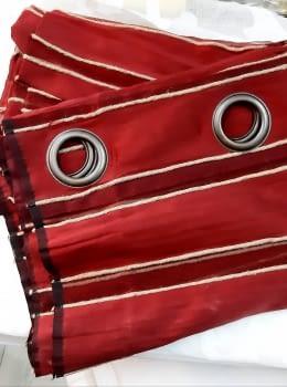 1 Cortina roja cordón natural