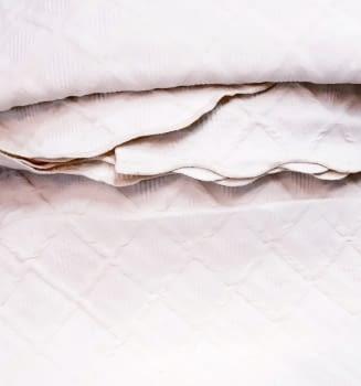 Colcha piqué rombos blanca - 2