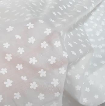Tela visillo blanco florecitas