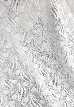 Tela encaje blanco hojitas 270 - 3